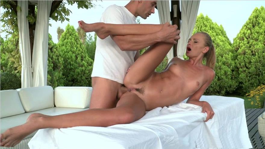 [法国啄木鸟]DorcelClub_17-07-12-ivana-sugar-very-special-massage
