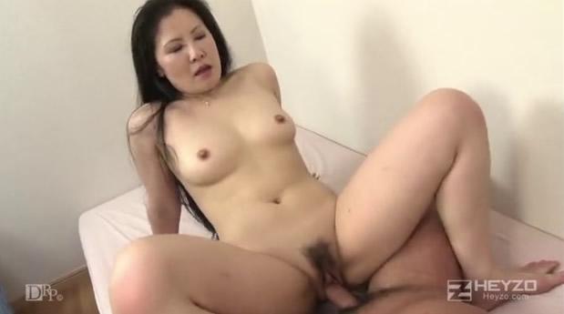 【HEYZO-0088】         色白熟女性奉仕