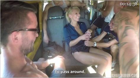 疯狂性爱巴士:淫乱的车厢