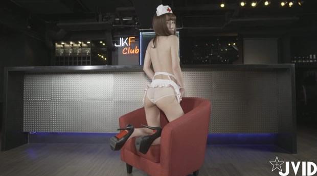 性感美眉翘臀护士羽沫
