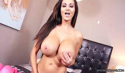 [欧美精选] 2015.08_THEAVAADDAMS.COM_AVA_ADDAMS_STAY_WITH_ME.MOV