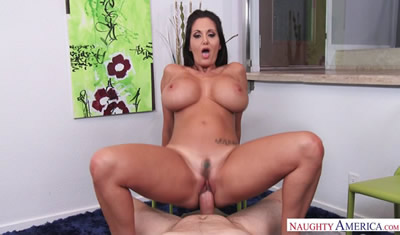 裙底透视图 [欧美精选]	2016.07_Housewife1On1.comNaughty_America_Ava_Addams