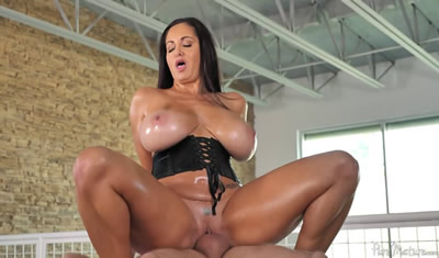[欧美精选]2017.12_PureMature.com_Ava_Addams_Breasts_&_Body_Rub