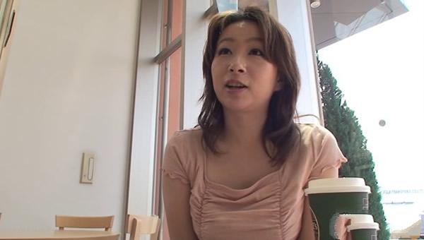 【HEYZO-0550】                 约会~暴露出熟女的真实面貌~