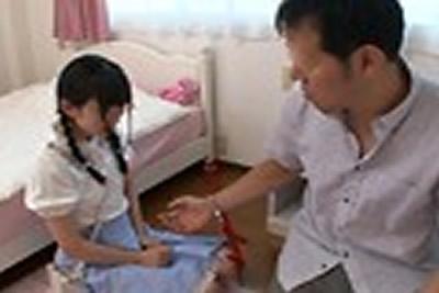 [PIYO-012B] [包括视频交付有限的奖励视频]人文小妞女孩不断被女孩强奸并不断吃精子...女孩Hinano,100%真正的精子兼
